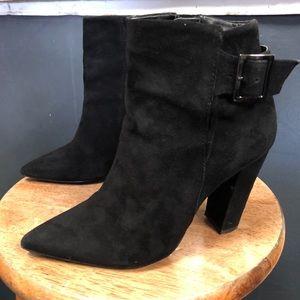 ShoeMint Chunky Heel Pointed Booties Black 6 Suede